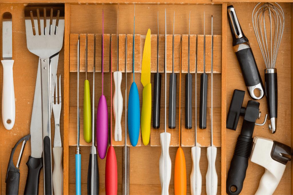 knife storage - in drawer system